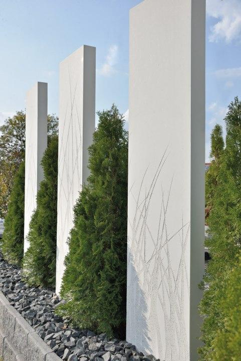 Stele aus Beton von GODELMANN