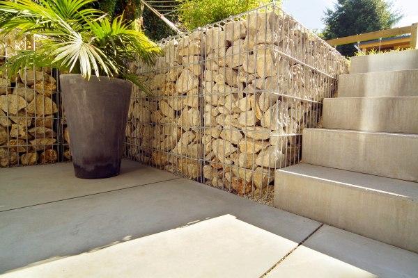 Treppenstufe aus Beton von GODELMANN
