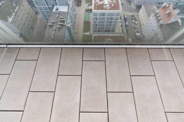 Terrassenplatte GABANO glatt von GODELMANN Nahaufnahme